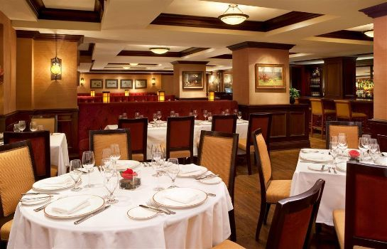 Restaurant The Fairfax at Embassy Row CON