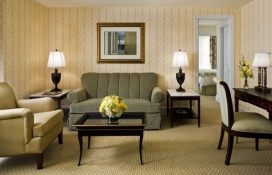 Suite The Fairfax at Embassy Row CON