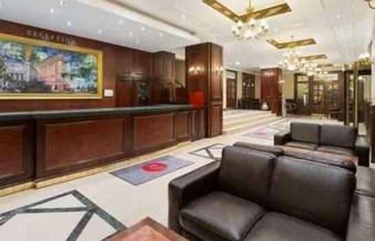Lobby Ramada Bucharest Majestic