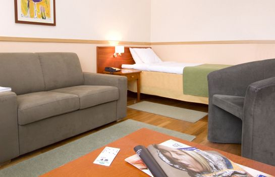Single room (superior) Airport Hotel Bonus Inn