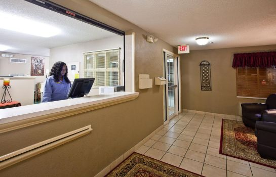 Lobby Candlewood Suites JACKSONVILLE