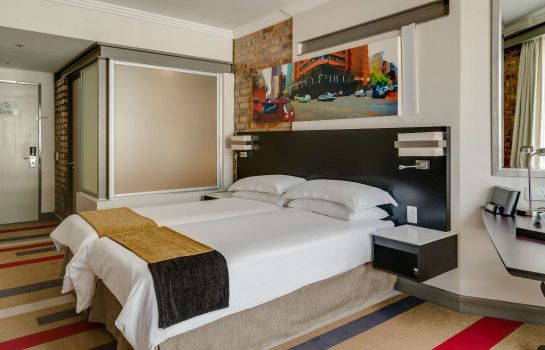 Zimmer Protea Hotel Cape Town Victoria Junction