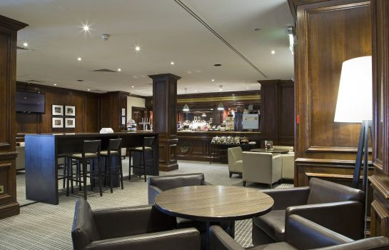 Lobby Holiday Inn GUILDFORD