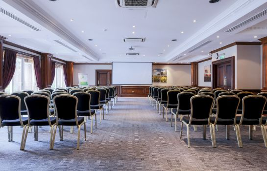 Conference room Holiday Inn GUILDFORD