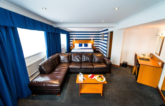 Suite The Liner Hotel