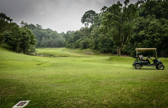 Golf course Gokarna Forest Resort