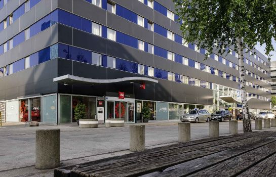 Exterior view ibis Zurich City West