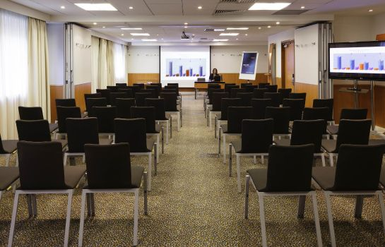 Conference room Novotel London City South