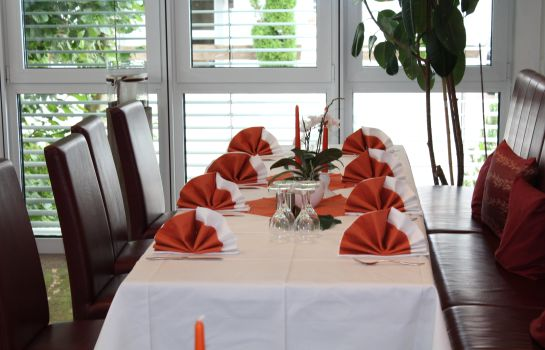 Restaurant 2 Zur Rose