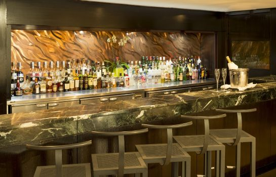 Hotel bar Millennium London Knightsbridge