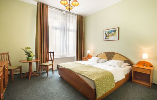 Chambre double (standard) Baross City Hotel