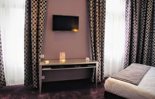 Chambre double (standard) Golden Tulip Reims l'Univers