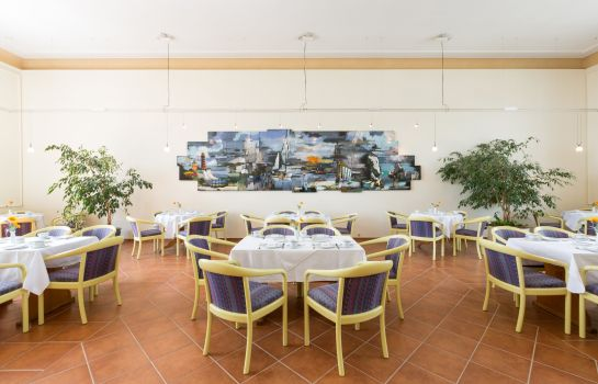Breakfast room Kurhotel Sassnitz