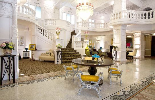 Lobby St. Ermin's Hotel Autograph Collection
