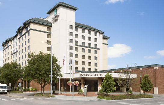 Buitenaanzicht Embassy Suites by Hilton Lincoln