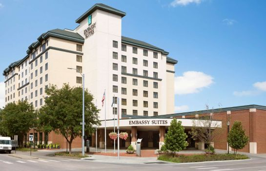 Vista exterior Embassy Suites by Hilton Lincoln