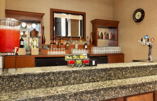 Hotel bar Embassy Suites by Hilton Lincoln