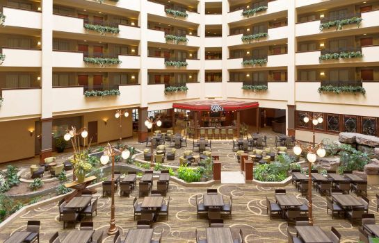 Hotelhalle Embassy Suites by Hilton Lincoln