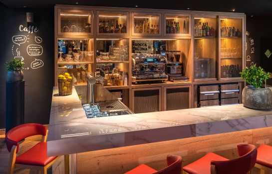 Hotel-Bar Park Inn By Radisson Zurich Airport