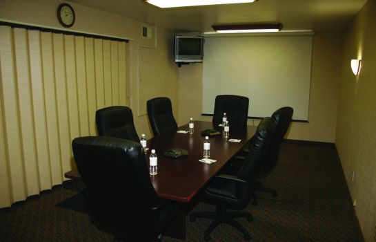Conference room PEACOCK SUITES