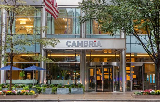 Exterior view Cambria hotel & suites Chicago Magnificent Mile