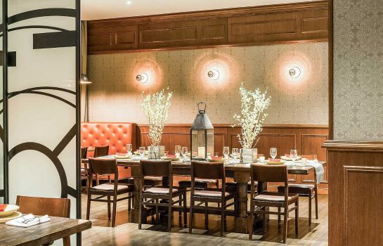 Restaurant Cambria hotel & suites Chicago Magnificent Mile