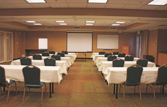 Conference room La Quinta Inn Ste Bush IAH South