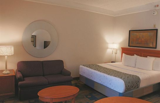 Room La Quinta Inn Ste Bush IAH South