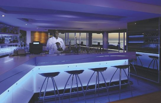 Hotel bar RADISSON BLU WATERFRONT CPT