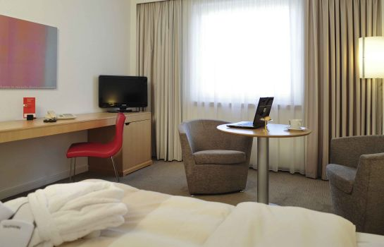 Standardzimmer Novotel Duesseldorf City West (Seestern)