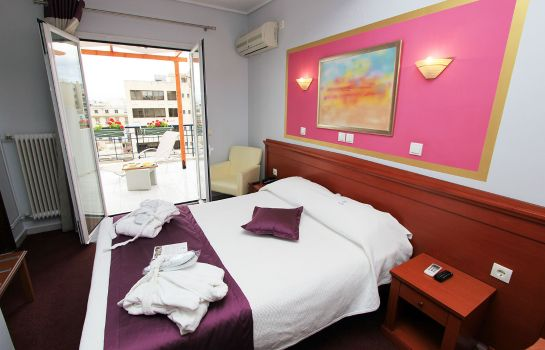 Double room (standard) Triton piraeus-Greece