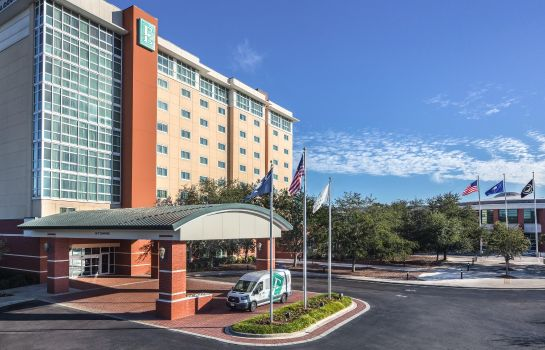 Außenansicht Embassy Suites North Charleston - Airport-Hotel - Convention
