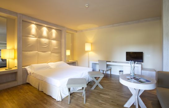 Chambre triple Hotel Mercure Tirrenia Green Park