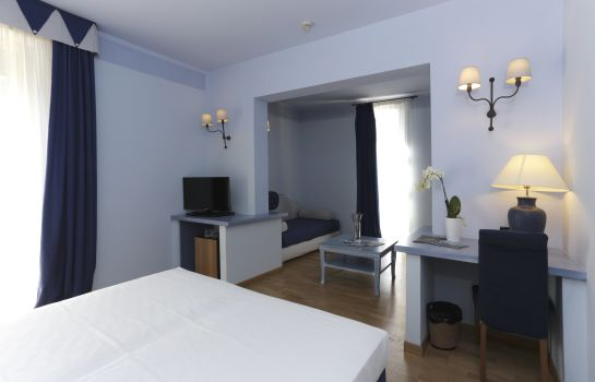 Chambre quadruple Hotel Mercure Tirrenia Green Park