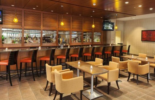 Hotel bar DoubleTree by Hilton Boston Downtown
