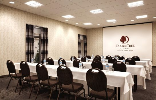 Conference room DoubleTree by Hilton Boston Downtown