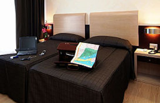 Zimmer Euro House Suites Rome Airport