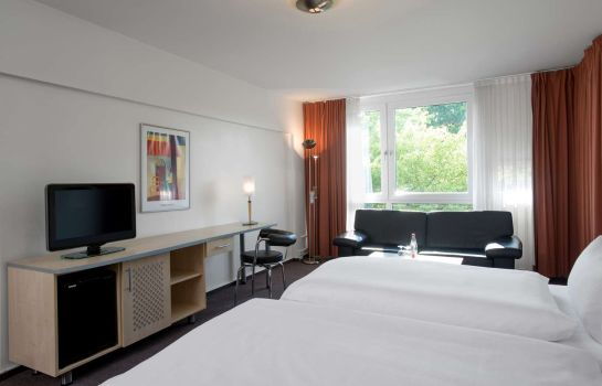 Zimmer NH Berlin City West
