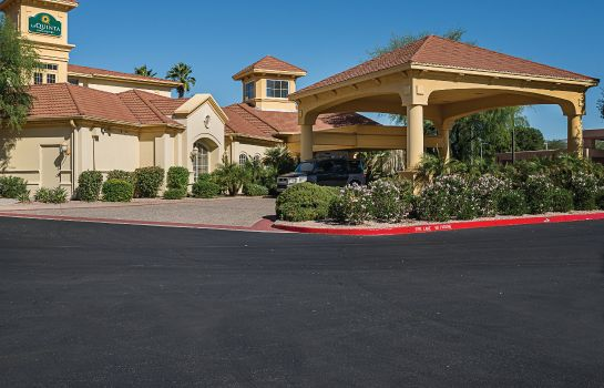 Außenansicht La Quinta Inn and Suites Phoenix Scottsdale