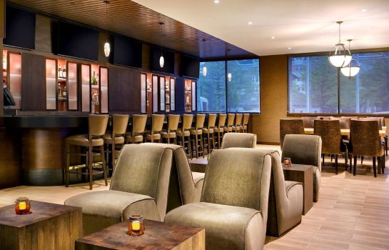Bar hotelowy DoubleTree by Hilton Hotel Jersey City