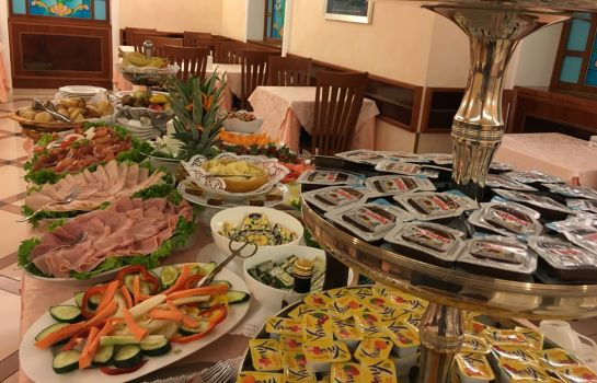 Breakfast buffet Mokinba Hotels Montebianco