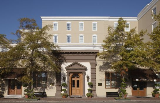 Vista exterior Doubletree by Hilton Charleston -Historic Distric