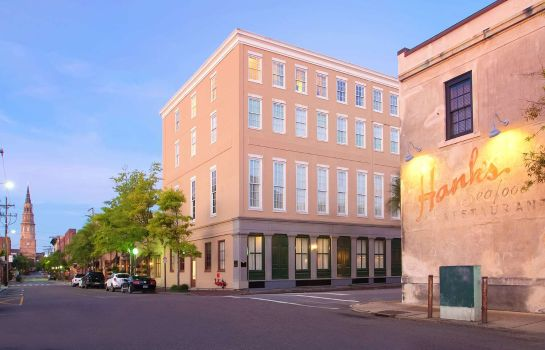 Exterior view Doubletree by Hilton Charleston -Historic Distric