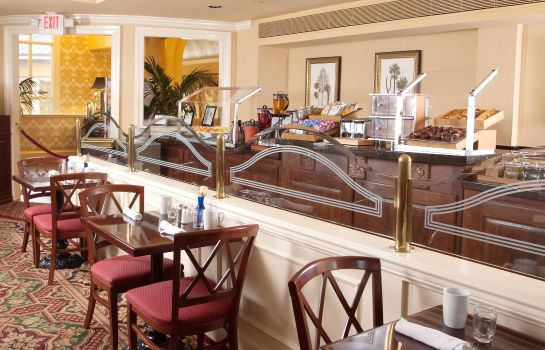 Restaurant Doubletree by Hilton Charleston -Historic Distric