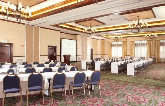 Conference room Doubletree by Hilton Charleston -Historic Distric