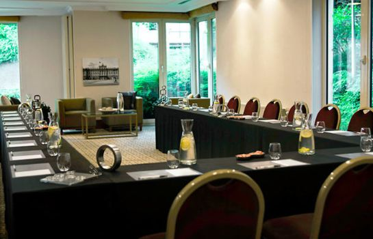 Conference room Marriott Executive Apartments Brussels European Quarter