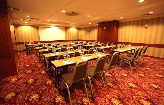 Meeting room Green Park Taksim