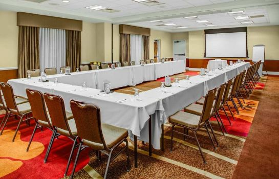 Conference room Hilton Garden Inn Danbury