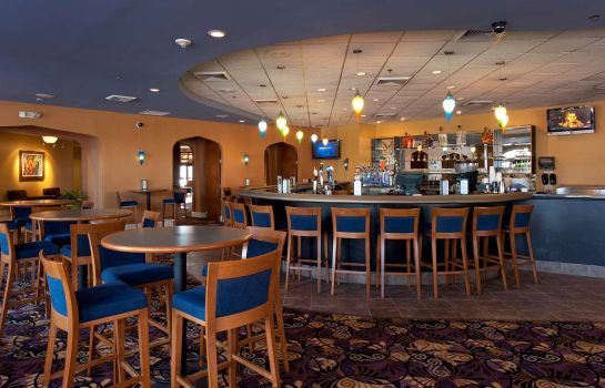 Restaurant DoubleTree by Hilton Cocoa Beach Oceanfront
