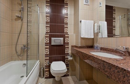Bagno in camera Kandelor Hotel